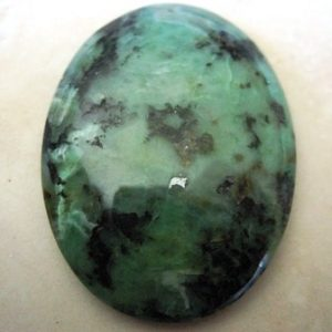 african-turquoise-gemstone-oval-cabochon-40x30mm