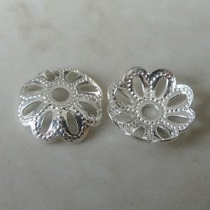 DOTTED PETAL BEAD CAP SILVER PLATED NICKEL FREE 9MM F634S
