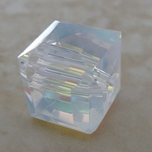 crystalabfacetedglasscube10mm