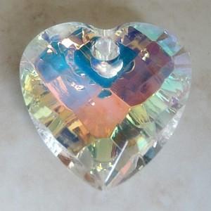 crystalabpuffyheartfpolglasspendant32mm