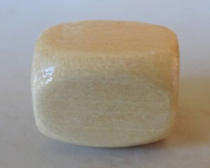 cubewoodenbeadnatural14mm
