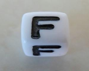 letterfalphabetbeadwhiteplastic7mmlargehole