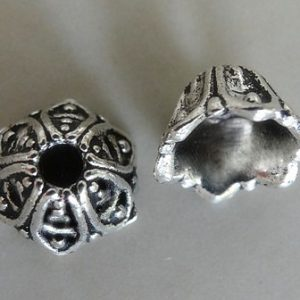6 PETAL BEAD CAP 5X9MM ANTIQUE SILVER