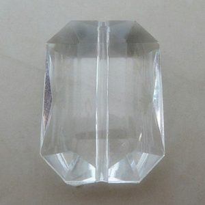CRYSTAL CLEAR FACETED RECTANGLE BEAD 31X21MM