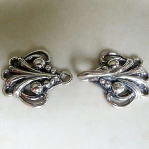 DRAPED HOOK CLASP 35X12MM ST.SLV 3 HOLE