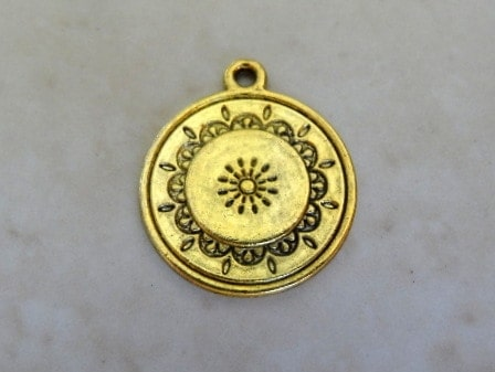 MORNING LIGHT CHARM ANTIQUE GOLD 20MM